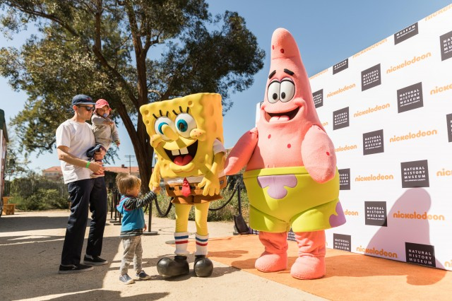 nickelodeon characters spongebob with guests at nature fest NHM