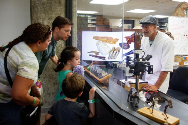 guests family kids la brea tar pits fossil lab