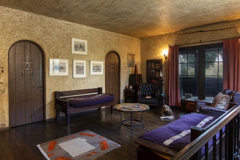 Dog bedroom inside Hart mansion