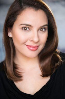 Giselle Tongii Headshot